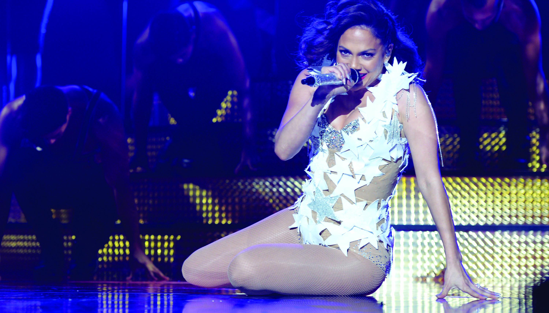 """Jennifer Lopez lancia il suo ultimo singolo: """"Ain't your mama"""""""