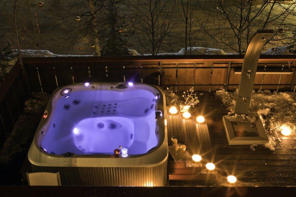 Romantik-Hotel-Regina-Jacuzzi-1024x683