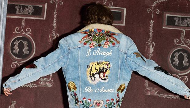 La nuova collezione Gucci: il denim con ricami è la nuova tendenza