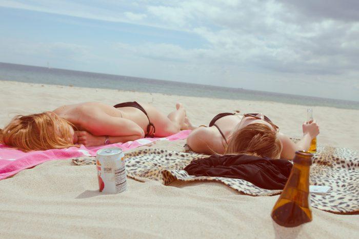 Proteggere la pelle in estate: i nostri consigli