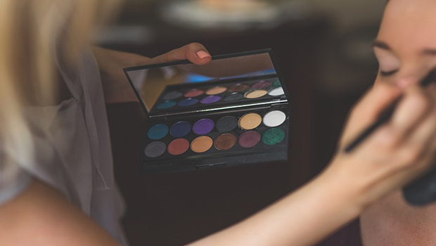 Make up: ecco come realizzare un trucco professionale a casa tua!