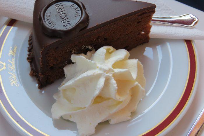 Torta Sacher: le ricette di BELLA