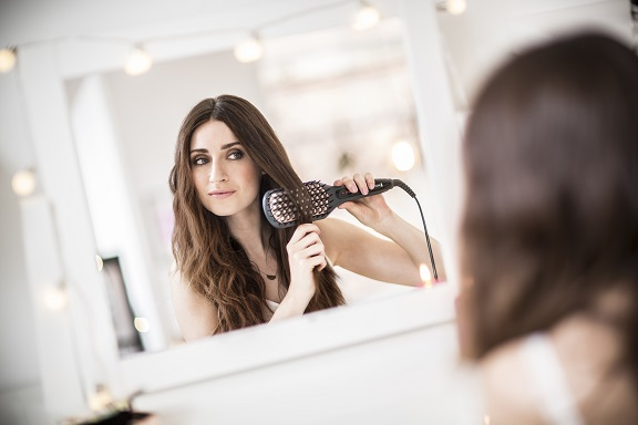 Straight Brush: per capelli perfettamente lisci con un solo colpo di spazzola