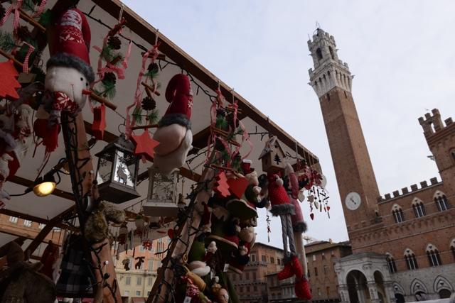 Comune di Siena - Sabato 3 e e domenica 4 dicembre torna il Mercato nel Campo
