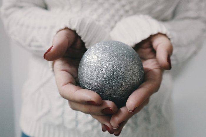 """Feste di Natale, 6 italiani su 10 hanno """"voglia di famiglia"""""""