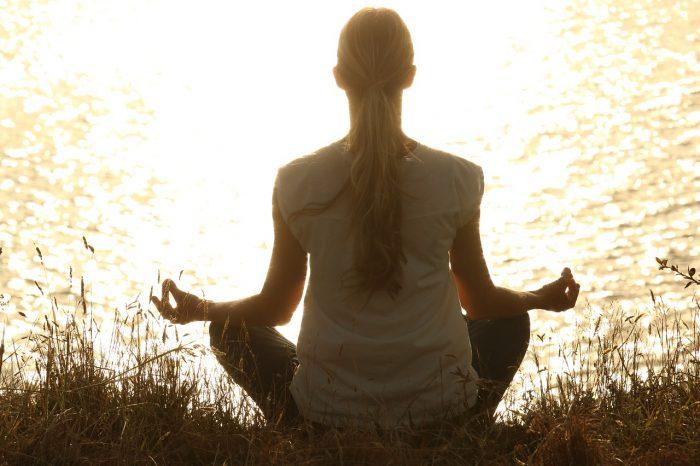 Perdere peso? È facile con la meditazione mindfulness