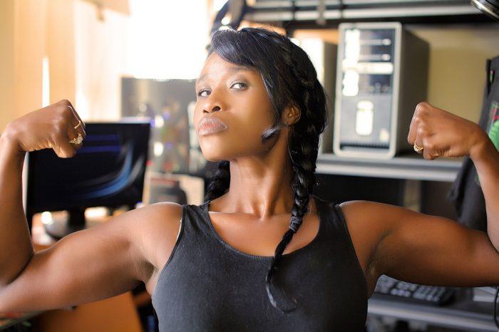 """""""In forma in 15"""": il libro che combina dieta e sport"""