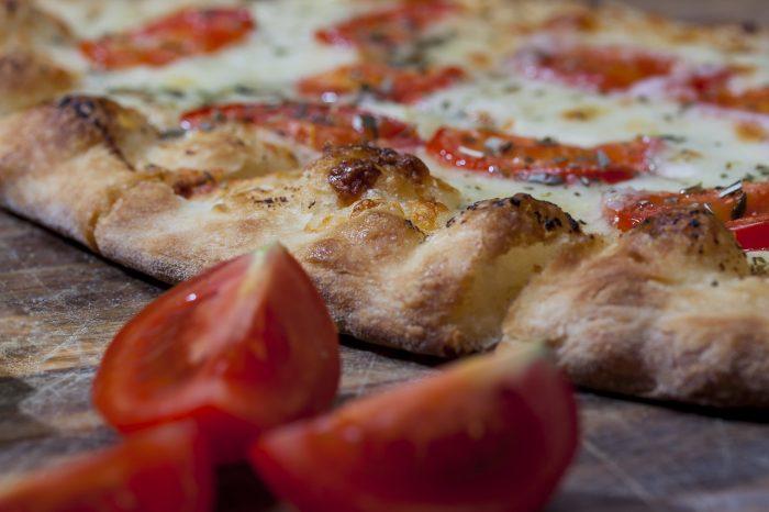 Le ricette di BELLA: la pizza napoletana