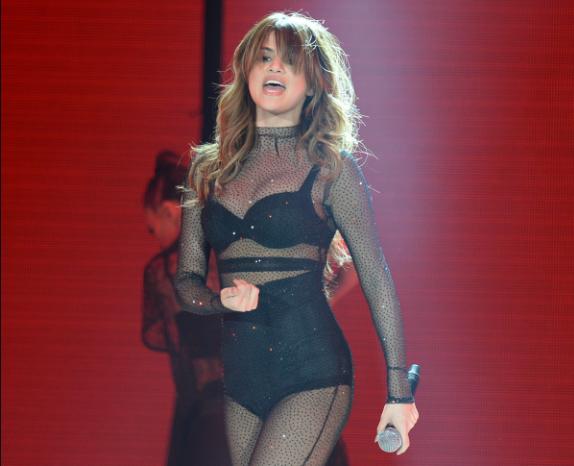 Selena Gomez ruba il fidanzato all'amica Bella Hadid